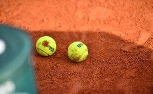 Un ancien entraîneur de tennis a été condamné à 18 ans de réclusion criminelle pour des viols et agressions sexuelles sur des mineures