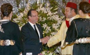 Le président François Hollande s'exprime jeudi devant le Parlement marocain à Rabat au second jour d'une visite dans le royaume, sous la pression croissante du scandale de la mise en examen de l'ex-ministre du Budget Jérôme Cahuzac pour fraude fiscale.