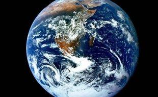 L'Agence internationale de l'énergie (AIE) s'attend à une hausse de 20% des émissions de dioxyde de carbone (CO2) d'ici 2035, portant l'augmentation de la température de la planète sur une trajectoire de plus de 3,5 degrés celsius, selon son rapport annuel publié mercredi.
