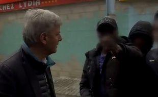 Bernard de La Villardière face à un jeune de Sevran, dans «Dossier Tabou», diffusé en septembre 2016 sur M6.
