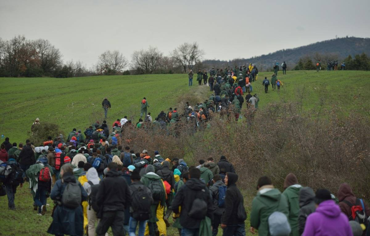 Le 15 mars, des réfugiés s'étaient mis en marche d'Idomeni pour rentrer en Macédoine. – DANIEL MIHAILESCU / AFP