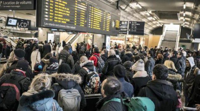 Attention à cette photo virale d'une foule dans la gare de Lyon-Part Dieu