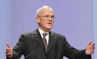 Jean-Bernard Lévy, président du directoire du groupe diversifié Vivendi (médias, télécoms, jeux video) quitte le groupe, soumis à de fortes turbulences, selon une information publiée sur le site du Figaro.fr.