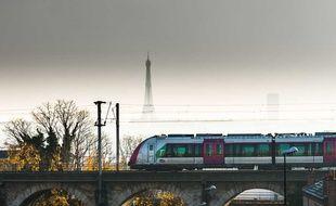 Le trafic s'améliore encore sur le réseau SNCF lundi 13 janvier, 40e jour de grève contre la réforme des retraites.