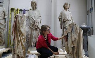 Alexandra Gérard, chef de la filière sculpture au département restauration du Centre de recherche et de restauration des musées de France.