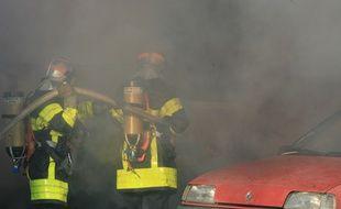 25 voitures ont brûlé dans la nuit de lundi à mardi au Mirail, à Toulous. Illustration.