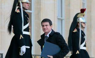 Le Premier ministre Manuel Valls arrivant au Palais de l'Elysée, le 15 février 2016