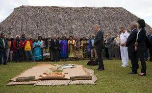 """""""Notre histoire est une histoire terrible mais c'est une belle histoire"""". Marie-Claude Tjibaou, veuve du leader indépendantiste kanak assassiné à Ouvéa par l'un des siens pèse ses mots. Vingt-cinq ans après la tragédie qui se joua sur cet atoll de Nouvelle-Calédonie, la réconciliation est sur toutes les lèvres."""