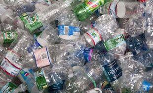 Le bisphénol A est présent dans de nombreux plastiques alimentaires.