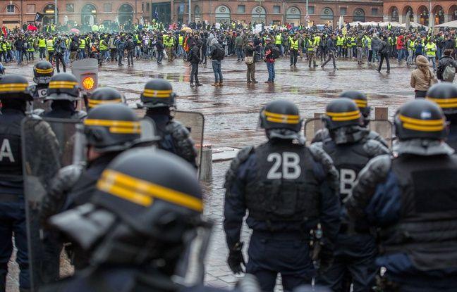 «Gilets jaunes» à Toulouse: Peut-on interdire les manifestations uniquement au Capitole ?
