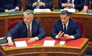Nouvelle Constitution aux accents très nationalistes le 1er janvier, réformes controversées: en 18 mois, le Premier ministre conservateur Viktor Orban a isolé la Hongrie au sein de l'Union européenne, face aux Etats-Unis et au Fonds monétaire international (FMI).