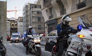 Le 11 décembre 2012, une partie d'un ancien bâtiment de l'hôpital Laennec s'est effondré au 65-79 de la rue Vaneau à Paris (VIIe).