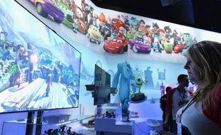 Le géant américain des médias et du divertissement Disney s'apprête à licencier des centaines de personnes dans sa division de jeux vidéo, affirme lundi le Wall Street Journal en citant des sources proches du dossier.