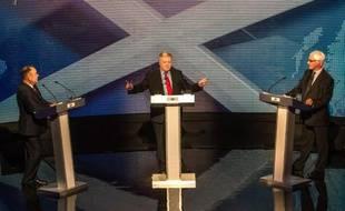 Débat entre les dirigeants des deux camps du référendum sur l'Ecosse mardi 5 août 2014 à Glasgow: le Premier ministre ecossais, partisan de l'indépendance Alex Salmond (g) face à Alistair Darling (d), qui défend le maintien dans le Royamue Uni