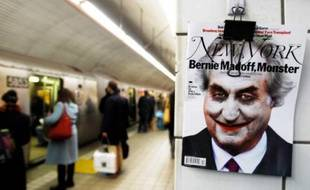 Une caricature de Bernard Madoff accrochée sur un mur dans une station de métro de New York, le 1er mars 2009.