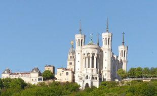 Illustration de la basilique de Fourvière à Lyon.
