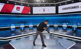 Le plateau de L'émission politique juste avant le début du débat du 22 mai 2019.