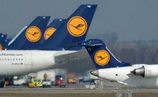 Des avions de la compagnie allemande Lufthansa le 19 mars 2015 sur le tarmac de l'aéroport de Munich-Franz-Josef-Strauss