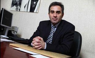 Le Professeur Patrick Tounian, ici dans son bureau, est pédiatre à l'hôpital Trousseau et spécialiste de l'obésité
