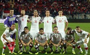 L'équipe de Suisse, tenante du bâton de Nasazzi, le 11 octobre 2013, à Tirana.