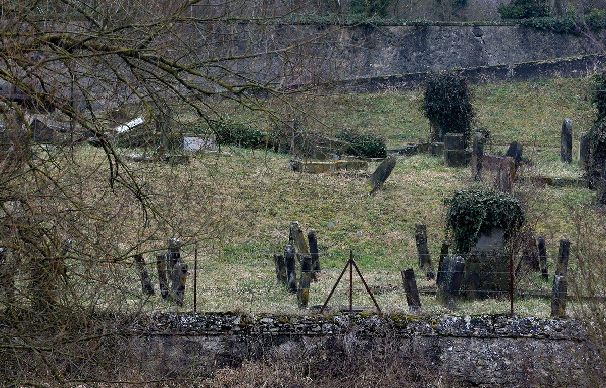 L'entrée du cimetière juif profané Sarre Union. le 16 février 2015. – G. Varela \ 20 Minutes
