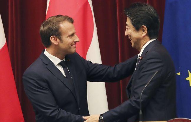Au Japon, Macron et Abe affichent leur complicité