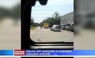 Capture d'écran d'une vidéo de KHOU.com: Photo prise le 13 août 2012 près de l'université Texas A&M après une fusillade.