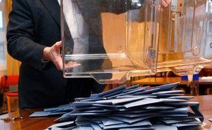 Un bureau de vote alsacien, après le premier tour des régionales, le 14 mars 2010