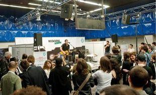 La station Miromesnil s'est transformée en salle de concert pour les musiciens du métro.