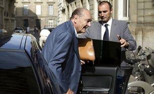 Jacques Chirac à son arrivée à son bureau parisien le 1 septembre 2011
