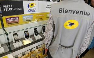 Lancement de La Poste Mobile le 23 mai 2011.