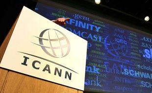 Le logo de l'Icann, lors d'une conférence à Londres, en 2012.