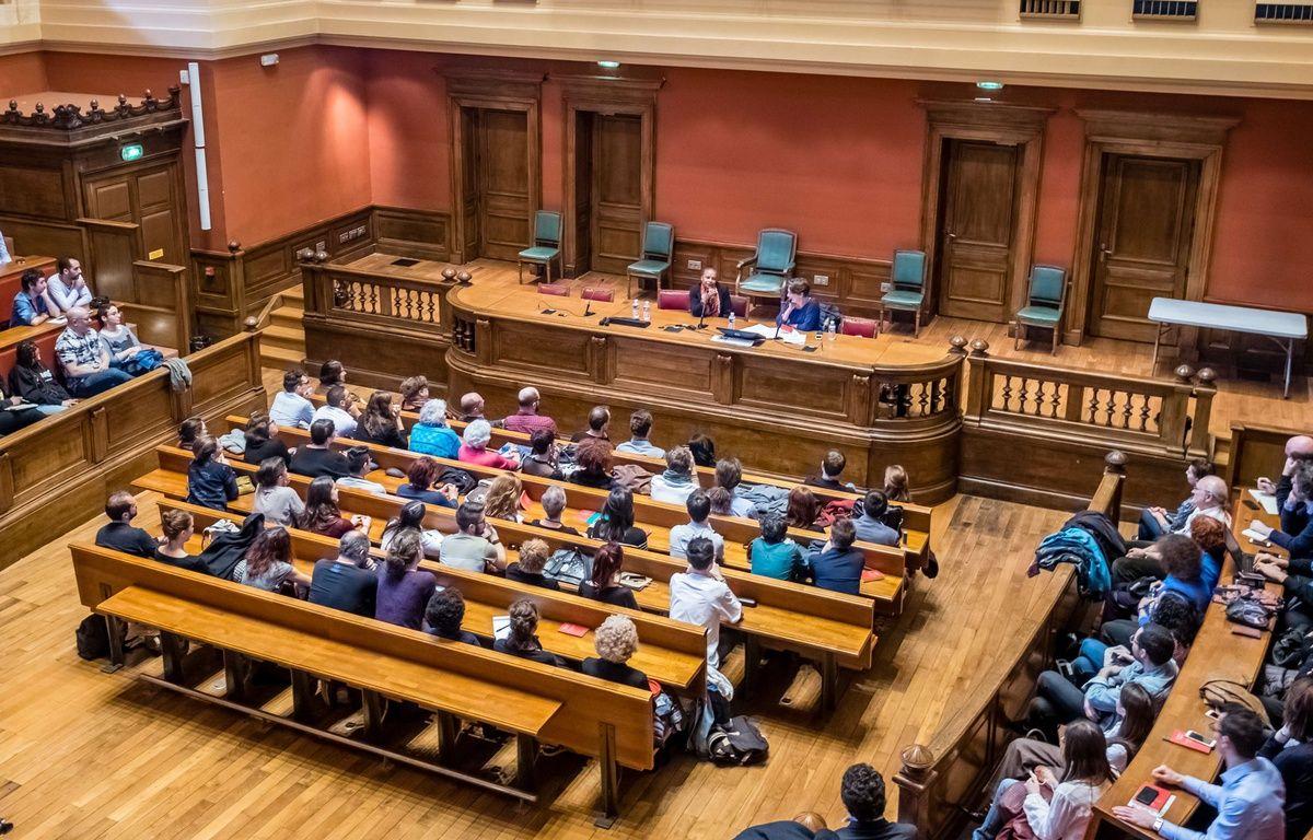 L'université Lyon 2 a annulé un colloqué prévu le 14 octobre sur islamophobie après une vive polémique née sur les réseaux sociaux autour de l'événement. Illustration – Konrad/ Sipa