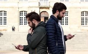 Antoine Delanoe et Quentin Ory ont fondé l'application Combats de coq.