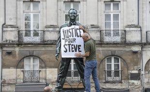 Lors d'un rassemblement à l'appel du collectif Justice pour Steve à Nantes