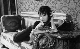 """BernadetteLafont dans """"Les Godelureaux"""" de Claude Chabrol"""
