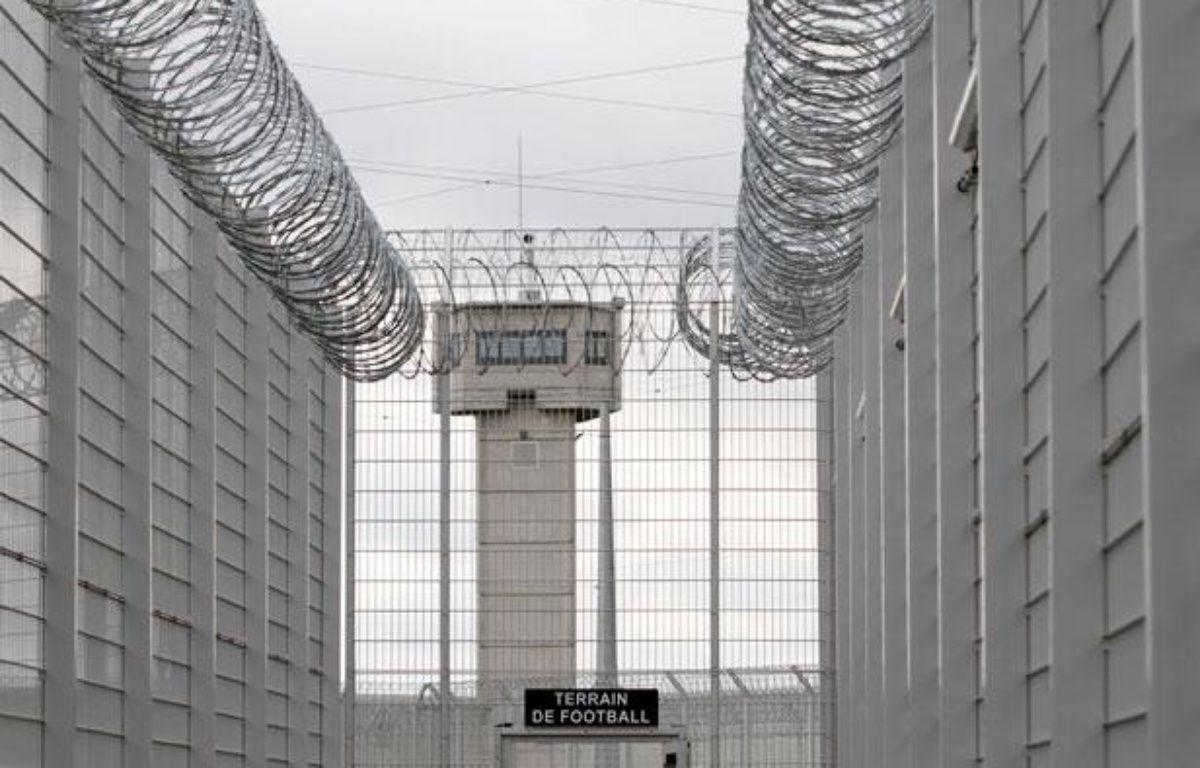 Le centre de détention pénitentiaire de Lille Annoeullin peut accueillir  688 détenus exclusivement masculins. Il vise à remplacer la prison de  Loos, trop vétuste.Annoeullin, le 21 juin 2011 – MIKAEL LIBERT / 20 MINUTES