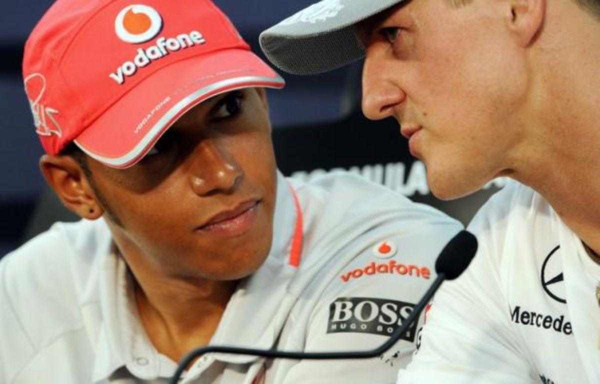 L'écurie de F1 Mercedes ne prolongera pas le contrat de pilote du septuple champion du monde Michael Schumacher qui arrive à son terme en fin de saison, pour le remplacer par le Britannique Lewis Hamilton, a annoncé vendredi le quotidien Bild. – Toshifumi Kitamura afp.com