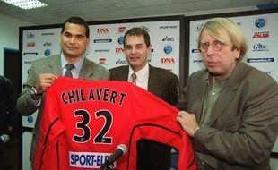Patrick Proisy, ici au centre avec l'ancien gardien Chilavert et l'entraîneur Claude Le Roy.