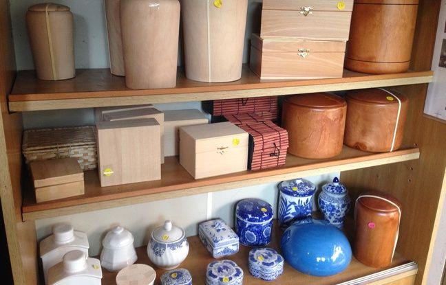 Des urnes de toutes les tailles sont diponibles.