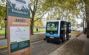 Deux véhicules autonomes 100% électriques seront mis en service pendant 6 mois à partir du 17 novembre au bois de Vincennes.