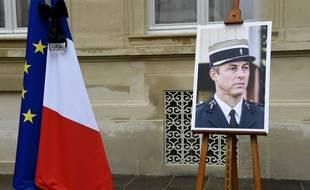 Plusieurs villes ont décidé de renommer des rues ou des places en hommage au Lieutenant-Colonel Arnaud Beltrame