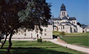 L'abbaye de Fontevraud est gérée par une association financée à 80 % par la région.