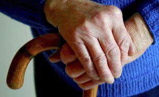 Une personne âgée (illustration)