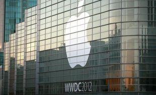 Apple estime que Samsung lui doit plus de 2,5 milliards de dollars pour utilisation non autorisée de ses brevets liés à ses téléphones iPhone et ses tablettes iPad, a indiqué le groupe informatique dans un document de justice publié avant l'ouverture d'un procès.