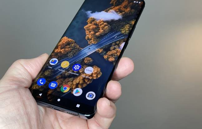 Le Vivo X51 va se frotter à une concurrence sévère: Samsung et Apple.