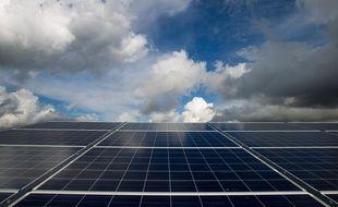 Illustration de panneaux solaires.