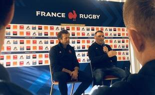 Fabien Galthié et Raphaël Ibanez face à la presse.