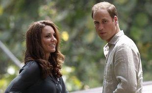 Le prince William et sa compagne Kate, le 15 septembre 2012, sur l'île de Borneo (Malaisie).