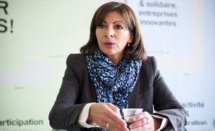 Anne Hidalgo en interview le 26 mai 2013 dans son local de campagne dans le cadre des municpales à Paris.